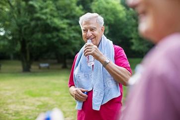 Exercícios físicos melhoram funções motoras e cognitivas de pacientes com Parkinson
