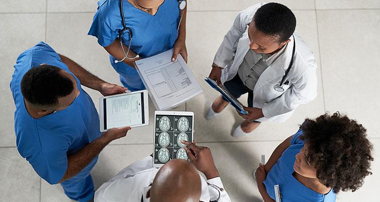 Conheça as diferenças entre a neurologia e a neurocirurgia