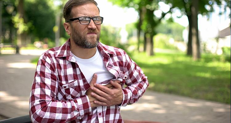 Arritmia cardíaca pode causar AVC