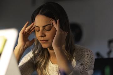 Pesquisa aponta que COVID-19 pode causar dores crônicas em pacientes que tiveram sintomas leves da doença